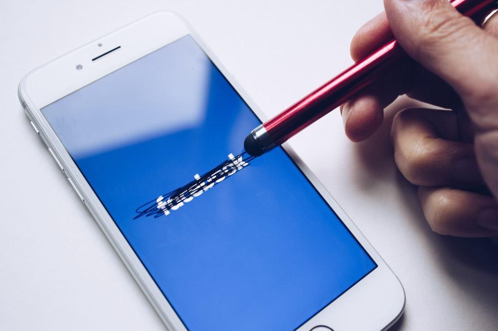 ficar nas redes sociais faz mal para a saude mental em epoca de covid