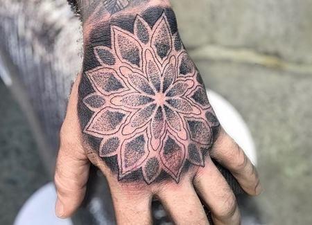 tatuagem para maos